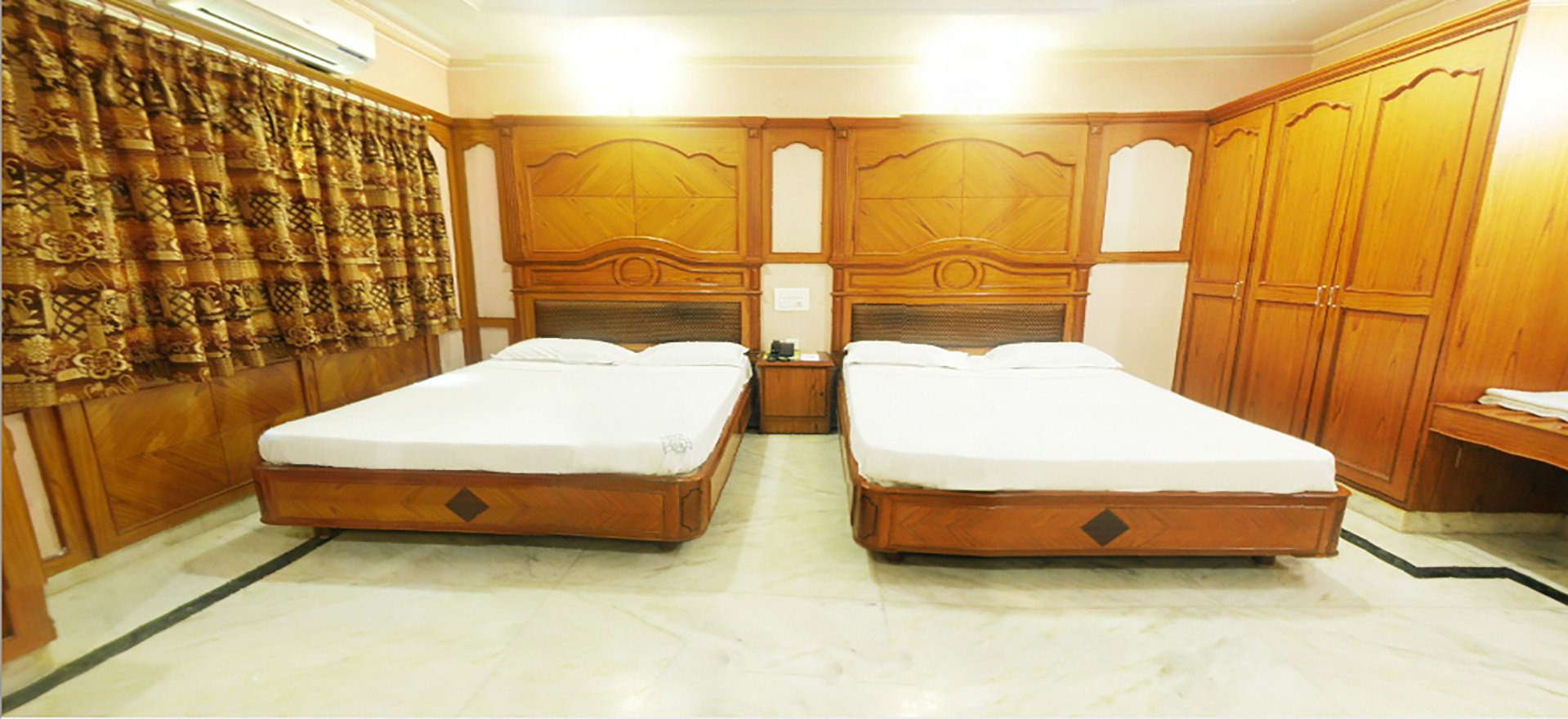 Hotels in vellore,Restaurant in vellore,Conference halls in